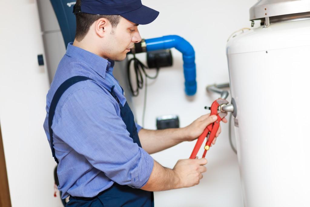 electric water heater maintenance tips in dubai, uae